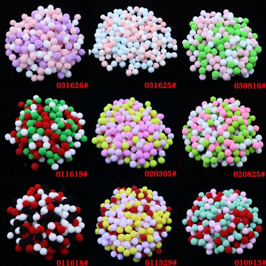 10mm 400 stücke Weiche Plüsch Kugeln Multicolor Bommel Pelz Ball für Home Party DIY Handwerk Kinder Favors Manuelle Pädagogisches spielzeug Bälle 1 cm