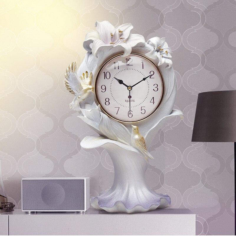 Reloj de escritorio moderno minimalista en relieve con mariposa de pájaro lilum Brownii figurillas decorativas para el hogar R1554