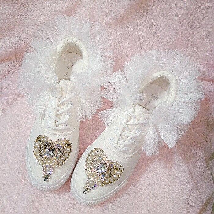 Zapatos blancos de lona de encaje hechos a medida para mujer, zapatos de plataforma para magdalenas, zapatos de malla esponjosos de princesa con diamantes de imitación.