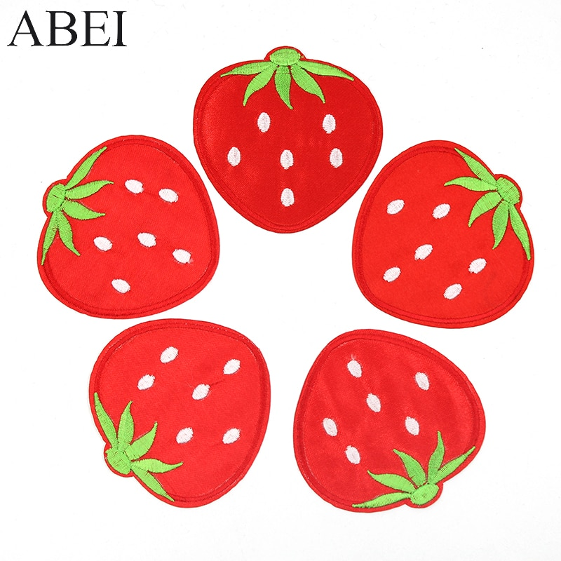 10 unids/lote de pegatinas de fresa bordadas para niñas pequeñas, bolsas de ropa, parches de tela vaquera con dibujos animados de frutas lindas