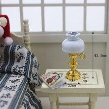 Mini lampe de Table chambre lampadaire pour KidMiniature lustre chambre pour poupée meubles décoration cadeau maison de poupée accessoires