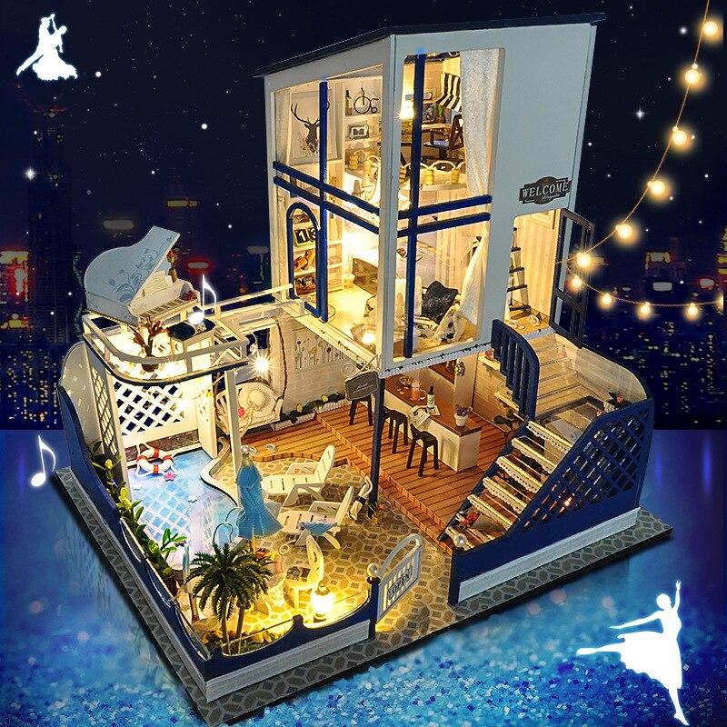Cute Families House Dollhouse DIY Dollhouse Creative Handmade Toys for Children with All Doll House Accessory Birthday Gift
