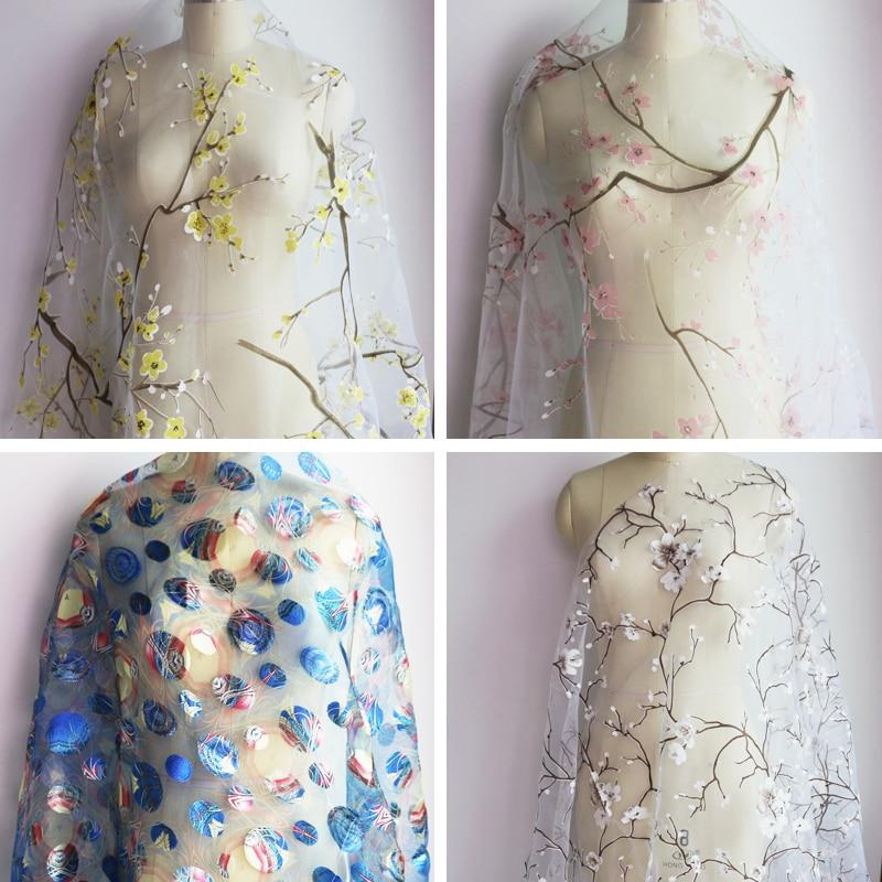 Natural white organza fabric 3d floral jacquard wedding gauze