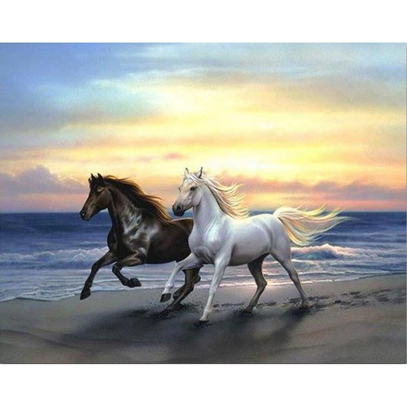 Needlework full drill diamond embroidery horses running cross stitch diy diamond mosaic animals crystal round  rhinestones LX