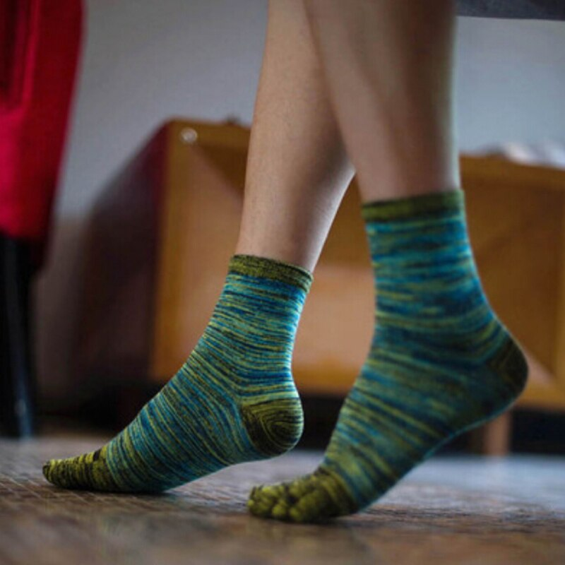 High Quality Men Five Finger Toes Socks Sport Casual Retro Color Socks