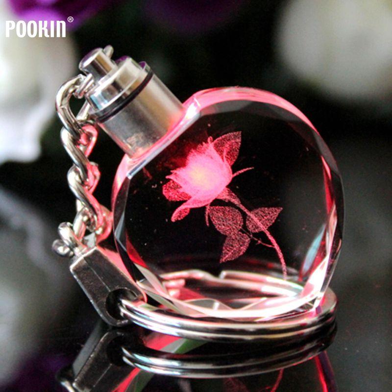 Llavero con láser 3D, 7 luces LED para parejas, llavero con Llave de cristal, colgante colorido con luz LED