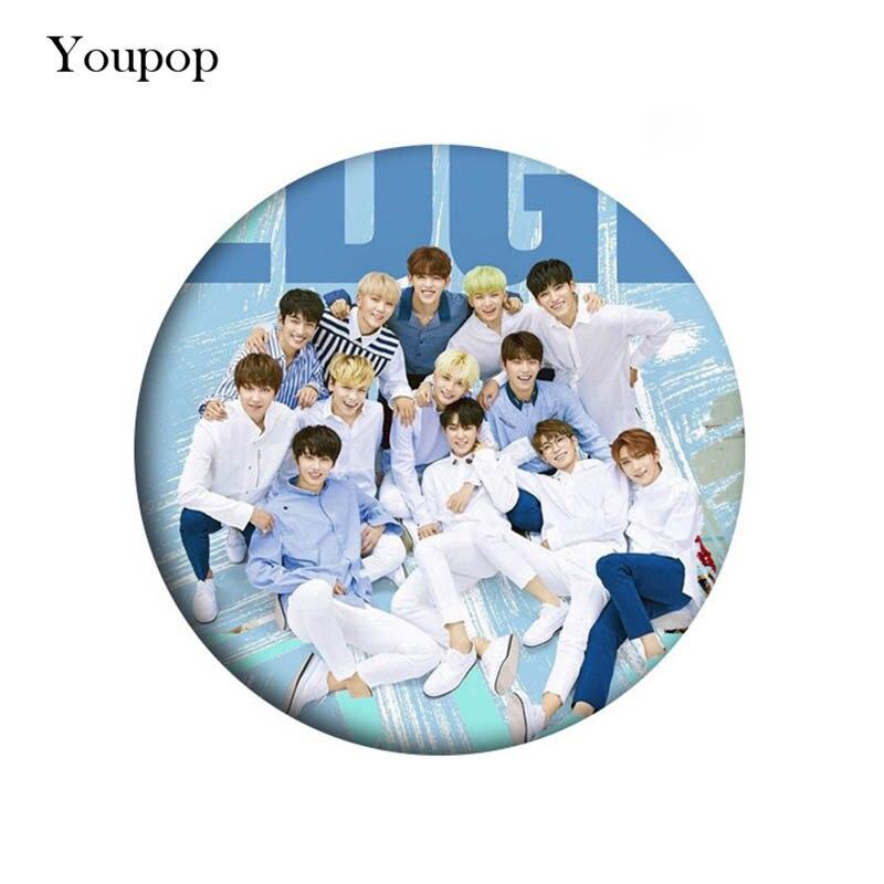 Broche Youpop KPOP Seventeen Album Pin Badge accesorios para ropa sombrero mochila decoración para hombres mujeres chico chica XZ0683