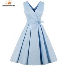 Bleu clair rouge plissé plaine Vintage robe femmes 2018 Sexy col en V robe de soirée élégante rétro été robes en coton