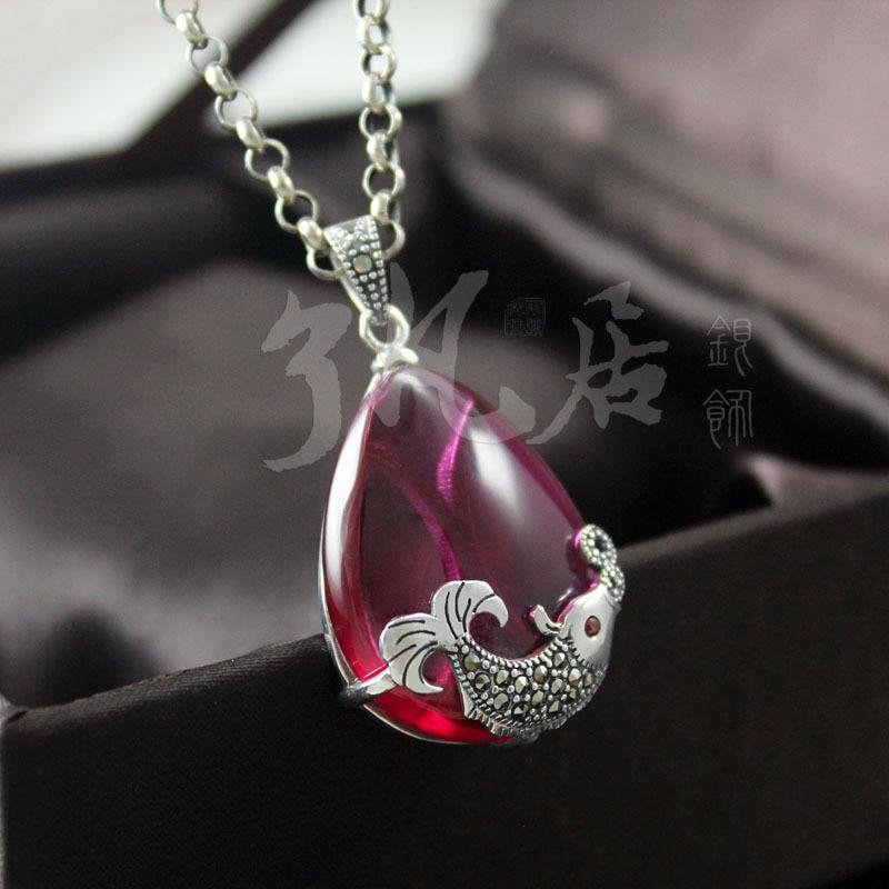 Forma de pez 925 colgante de plata de ley 24*34 MM marcasita piedras semipreciosas naturales collar de corindón rojo con cadena