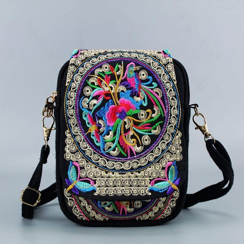 Vintage Chinese National Style Women Bag Ethnic Shoulder Bag Embroidery Boho Hippie Tassel Tote Messenger