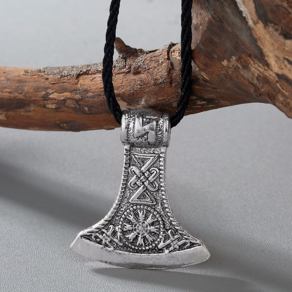 Nostálgico vikingo Vegvisir brújula símbolo Slavic Perun hacha colgante Kolovrat amuletos y talismanes sin cuello