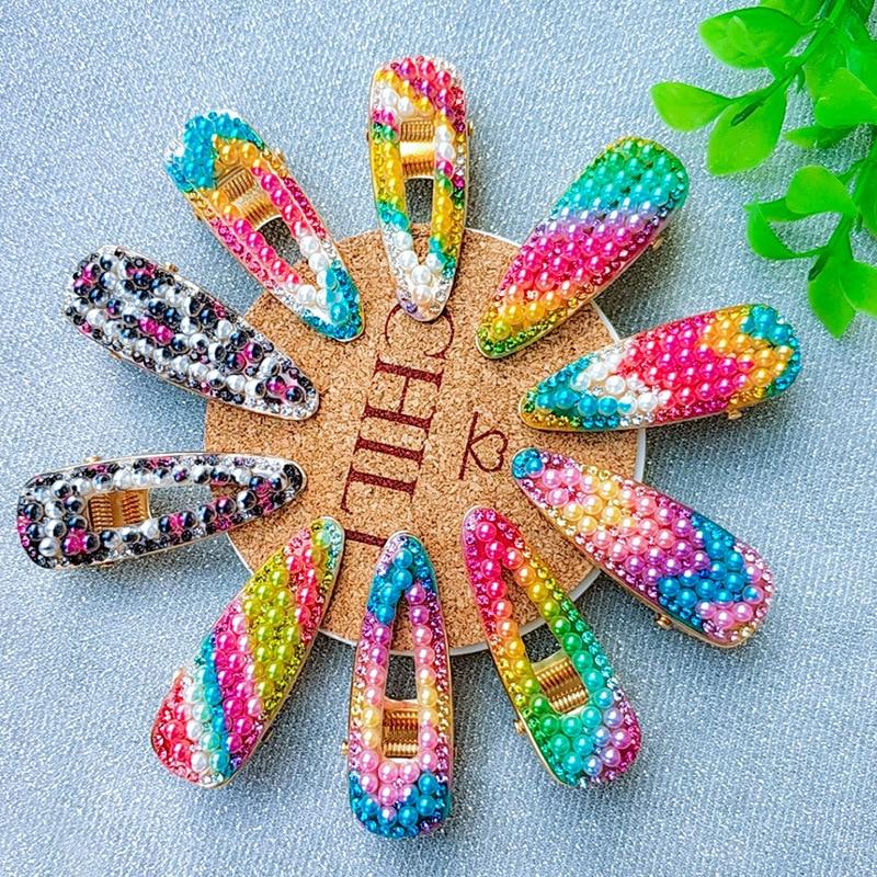 Clips de pelo de aleación de Metal de estilo coreano para mujeres y niñas arcoíris de imitación colorida perla de pico de pato horquillas ahuecadas geométricas Barrette