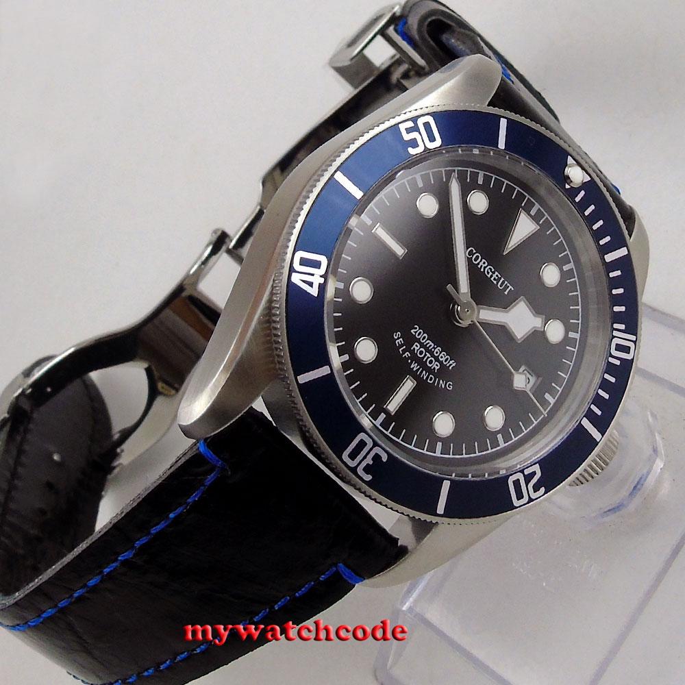 Reloj de buceo automático miyota 8215 de cristal zafiro con marcas luminosas en negro corgeut de 41mm cepillado C51