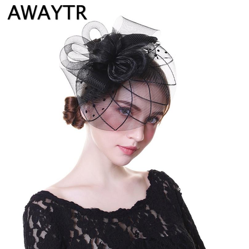 AWAYTR Chic Tovenaar Hoed Vrouwen Bruiloft Haar Accessoires Vintage Cocktail Party Hoofddeksels voor Meisjes Feather Veil Hair Clip