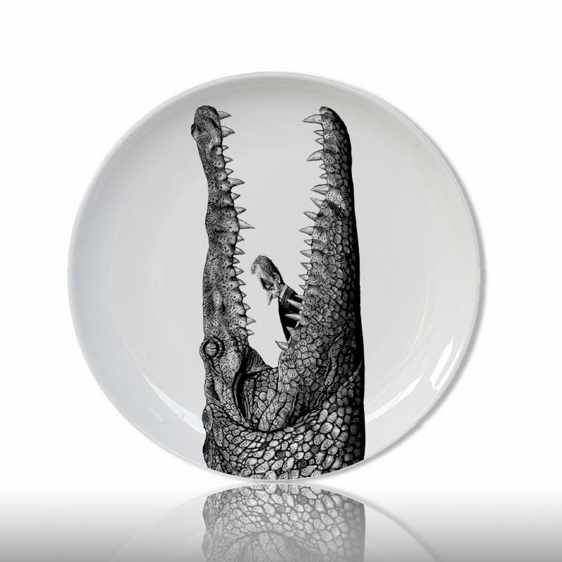 White and Black Animal Head Decorative Plate Creative Ceramic Craft for Home Decor Crocodile Tiger Round Dish Artistic Plate
