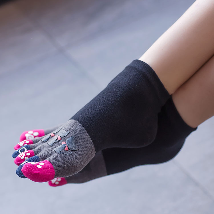 3 Pairs High-quality Toe Cute Cartoon Fashion Cotton Short Tube Five Finger Female Socks Sweat Breathable Cat Ankle Womens Socks