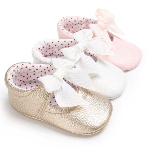 2018 zapatos casuales de cuero para bebé PU Bowknot princesa zapatos para niños se deslizan en Prewalkers tamaño 0-18 M