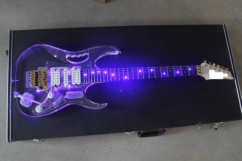 مصباح ليد الغيتار الكهربائي القيقب الاكريليك الجسم كريستال الغيتار الأزرق الحلو الصوت
