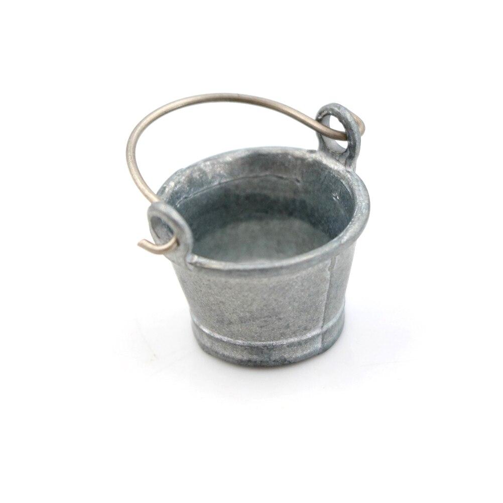 Cute 112 cubo de agua de estaño de Metal casa de muñecas miniatura de hadas casa cocina Pretnd juego de juego para niños