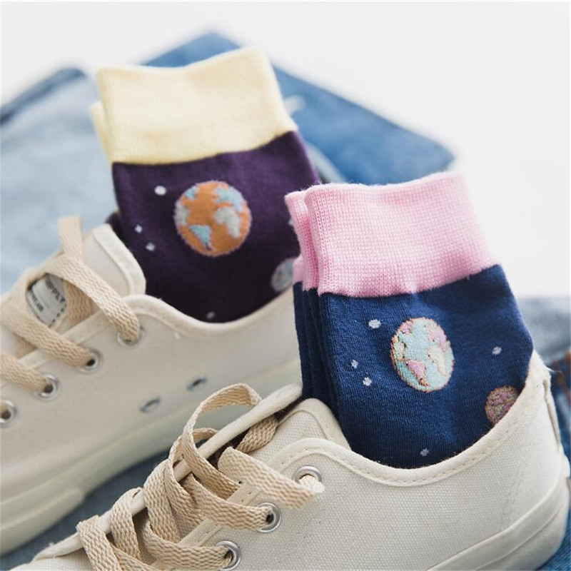 New Cute Space Planet Starry sky Women Harajuku Novelty Soft Warm Socks Funny Jacquard Creative Cartoon Patterned Art Socks