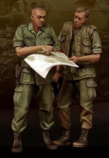 1/35 Scale Unpainted Resin Figure The Vietnam War US OFFICERS