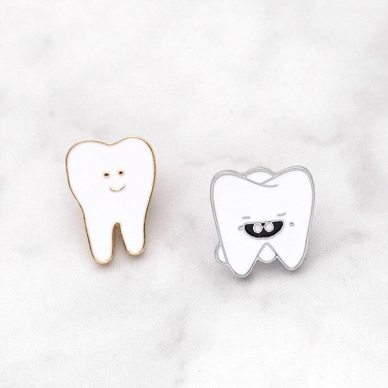 Lindo Kawaii smiley diente esmalte broche para mujeres wisdom color blanco dulce diente Pin Jersey vaquero insignia escudo joyería regalos