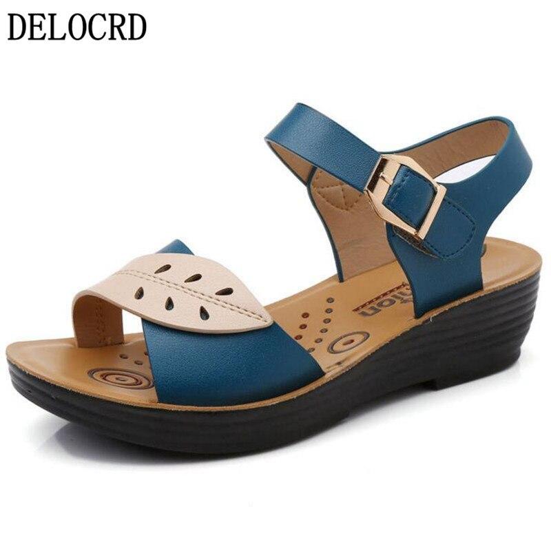 Sandalias de mujer, zapatillas, zapatos de mujer, novedad de verano, sandalias de madre, suela plana, de mediana edad, antideslizante, sandalias de fondo suave, calzado