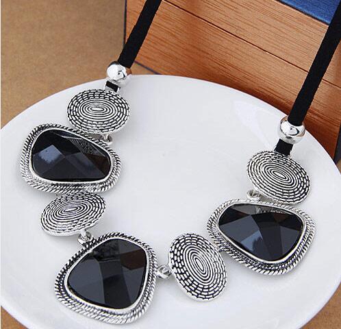 ZA 2018 Acrylic Choker Collar necklaces Women Fashion Jewelry Charms Short Chunky big Chain Leather Christmas Gifts Jewellery