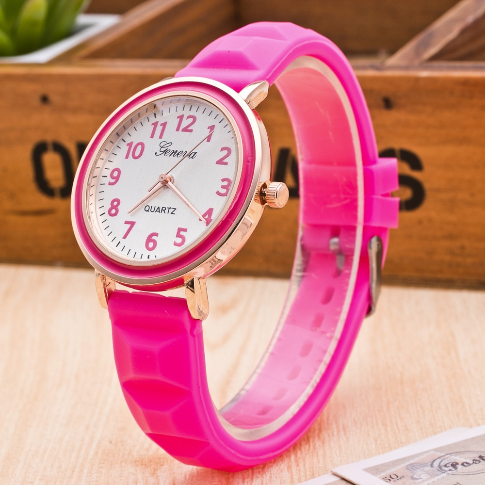 Classic Black and White Silicone Quartz Watch Brand Women Watches Lovers Jelly Casual women wrist Wa
