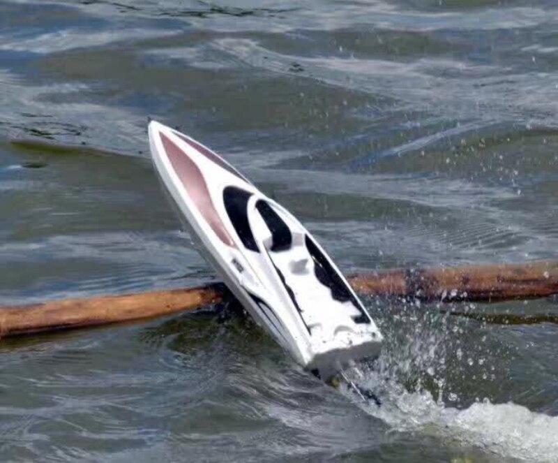 Barco de asalto dinámico marino a gran escala modelo 2,4G 150M Barco de carreras de velocidad a Control remoto 30 KM/H de alta velocidad RC barcos de juguete VS 7014
