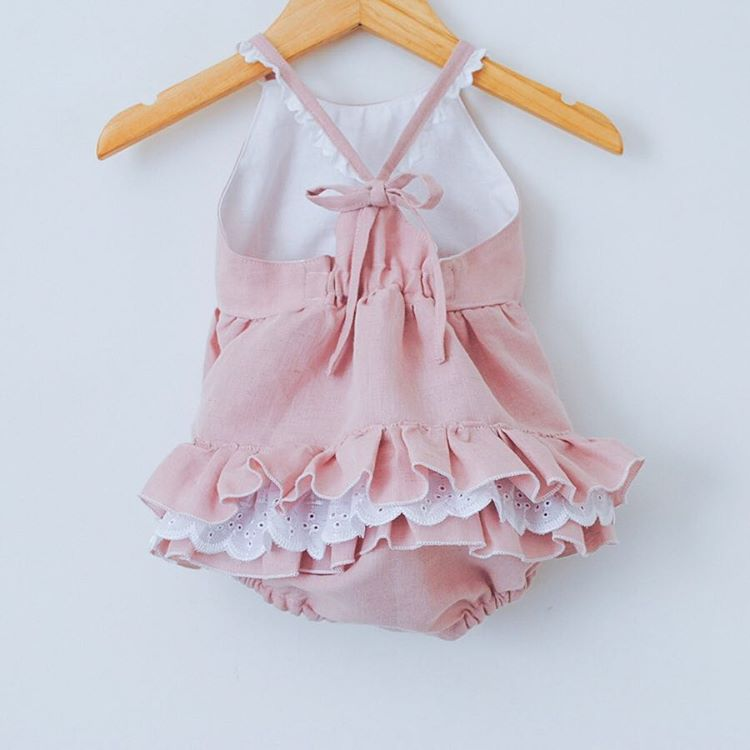 Bonito mameluco con volantes de princesa para recién nacido, ropa informal de verano sin mangas con volantes