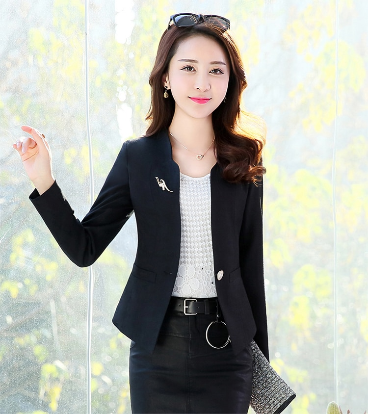 J44027 ربيع الخريف جديد الموضة المرأة السترة عادية زر واحد بدلة صغيرة سترة السيدات قصيرة معاطف القمم الاتجاه