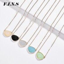 F.I.N.S 5 Farben Einfache Unregelmäßigen Harz Faux Druzy Stein Anhänger Gold Farbe Kette Kurze Choker Halsketten für Frauen Minimalismus