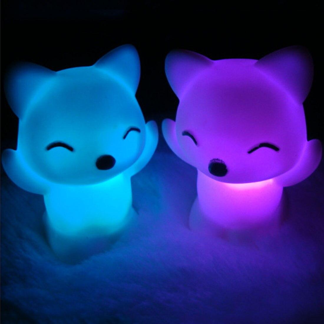 7 zmiana kolorów piękny kształt lisa LED Light Button bateria Home Decoration Fox kolorowe latarnia lampka nocna LED lampka nocna