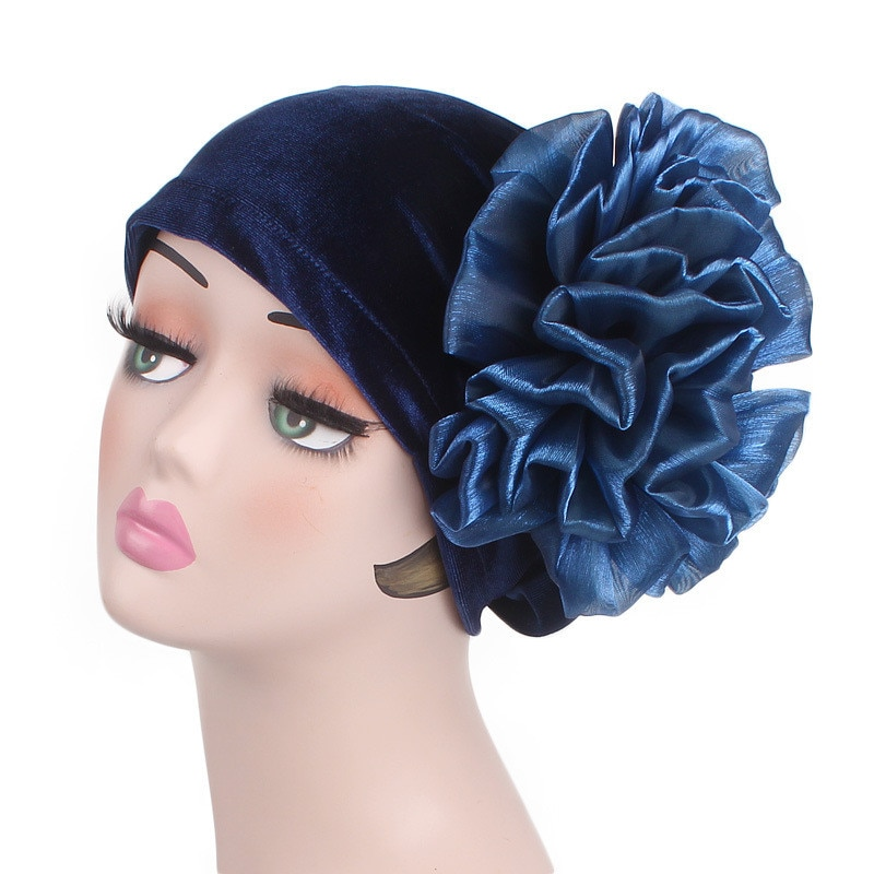 Señoras, accesorios para el cabello para fiesta 2018 de terciopelo gran flor Turbante mujeres diademas musulmán islámico Turbante pérdida de cabello gorra Turbante elegante