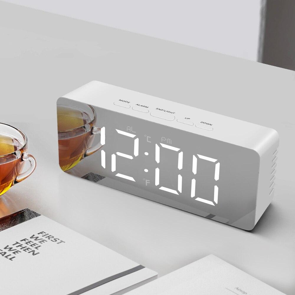 Elegante espejo tipo de alarma Digital LED reloj con luz de noche Reloj de escritorio Pantalla de temperatura electrónica Reloj de pared dormitorio lámpara de mesa