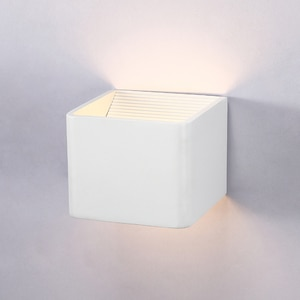 Modern LED wall light  LED 6W bulbs home decoration wall lamp for bedroom bedside aluminum wall sconce bathroom lighting fixture