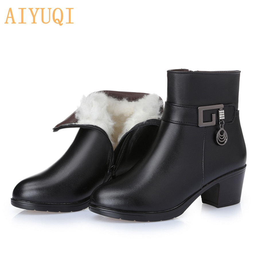 Genuine Leather women boots  2021 winter thick wool lined genuine Leather women snow boots large size women winter shoes