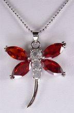 Prix de gros 16new ^ ^ ^ ^ charmant collier pendentif 2 couleurs cristal rouge/violet libellule