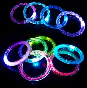 50 Teile/los Multicolor LED Blinkt armband Leuchten Acryl Armreif für Party Bar Halloween, Chiristmas, heißen Tanz Geschenk 2016 Neue