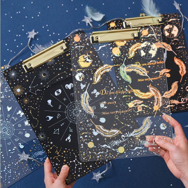 Yiwu creativo cielo estrellado cielo A4 Portapapeles de carpeta de archivo por escrito de la Oficina de la Escuela de papelería