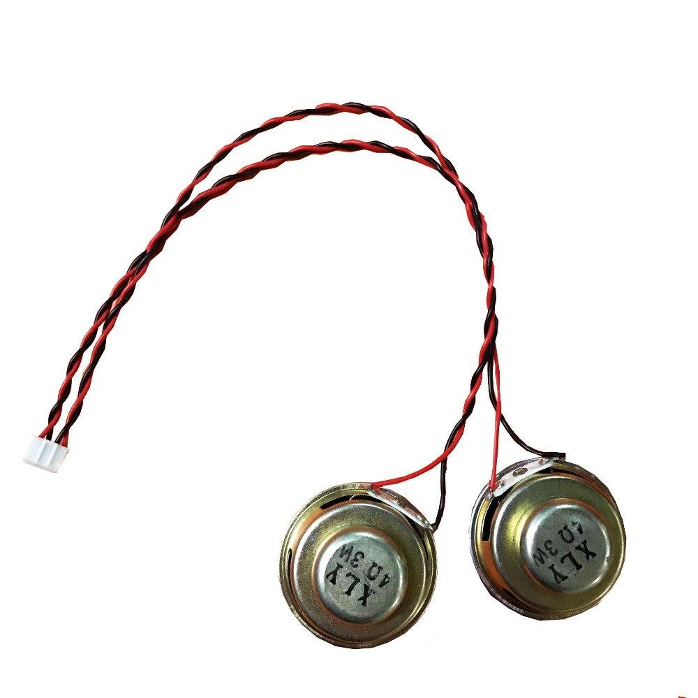 1 par de altavoces de audio estéreo magnético interno de 4Ohm y 3 W, altavoces de 40mm con cable