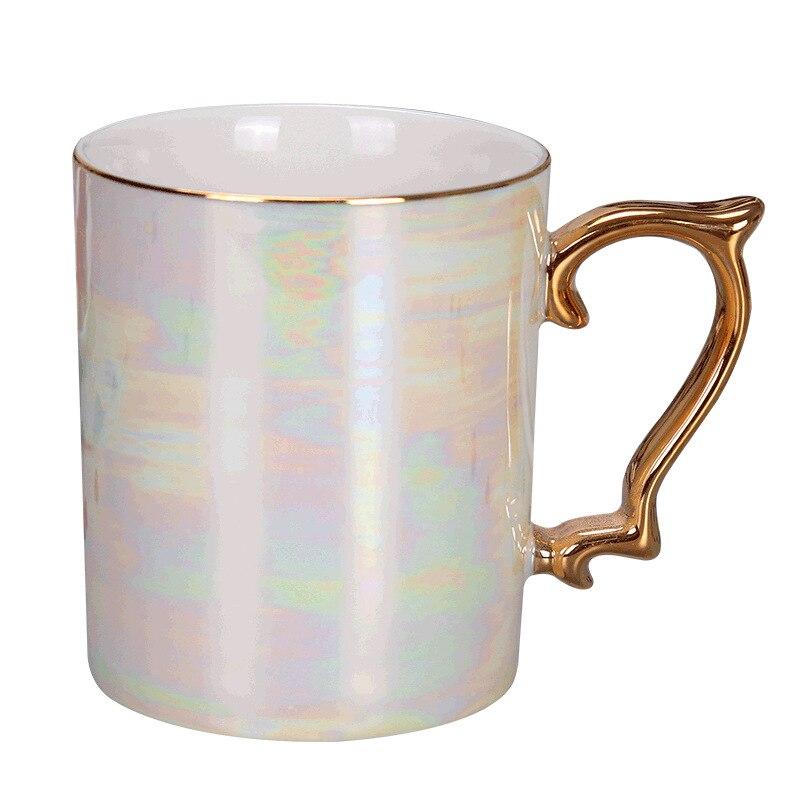 Nueva taza de mango de oro de perla glaseada, taza de café moderna taza avanzada de cerámica vidriada de arco iris, regalo simple de teacup Nórdico
