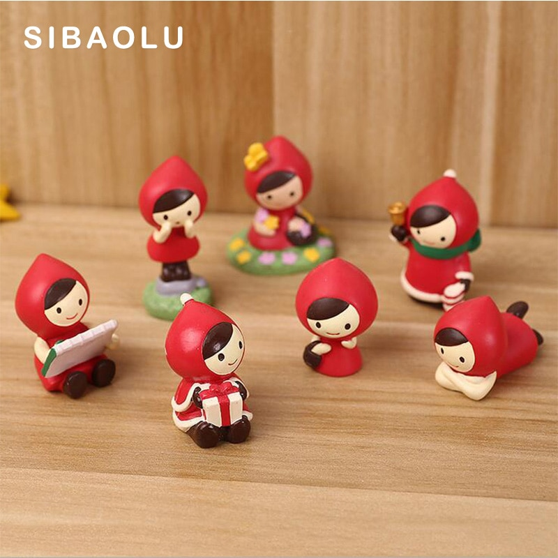 Figura de niña en miniatura de tela roja de Navidad para decoración del hogar, estatua de jardín de hadas para boda, juguete artesanal de resina, adornos TNJ056