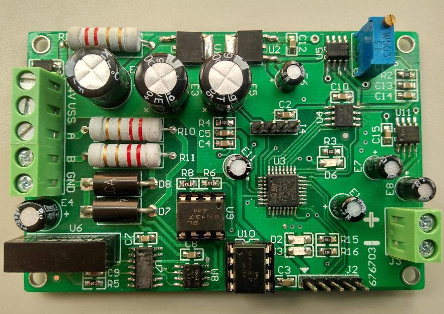 0-10 فولت تيار مستمر إشارة الجهد الناتج الارسال العزلة الكهروضوئية 485 بدوره 0-10 فولت MODBUS RTU بروتوكول