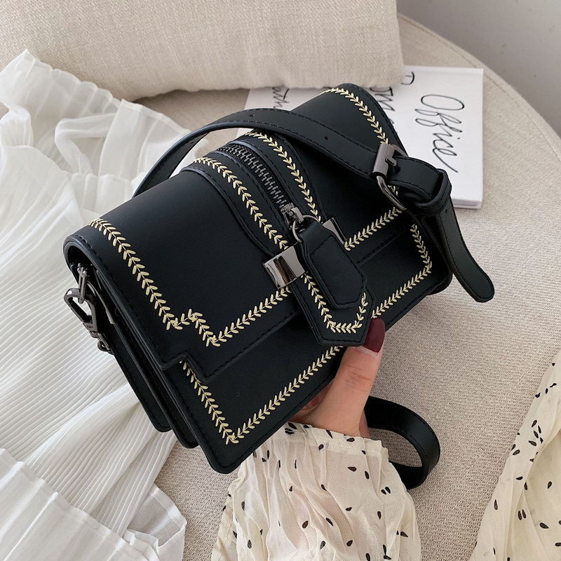 Nueva bolsa de hombro de cadena popular salvaje de verano bolsa de cuero de PU de costura de trigo de moda fresca pequeña bolsa de mensajero