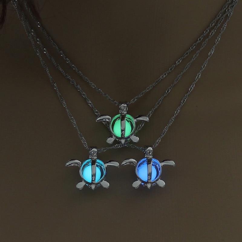 Collar de colgante de tortuga Marina a la moda, collar brillante encantador, joyería luminosa, Gargantilla, collar de regalo para mujer