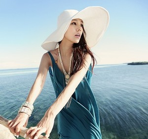 Wholesale and Retail Fashion Women Wide Large Brim Floppy Fold Summer Beach Sun Straw Hat Cap Free Shipping-D