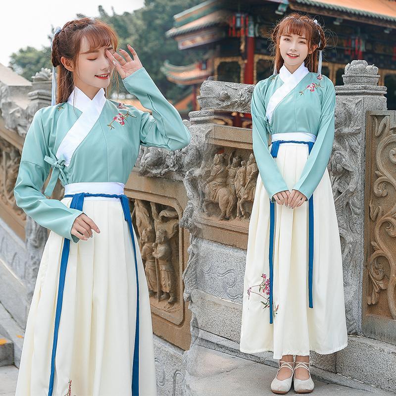 أزياء Hanfu المطرزة على الطريقة الصينية ، مجموعة صور الأداء المسرحي للطالبات ، الربيع والخريف ، النمط الصيني
