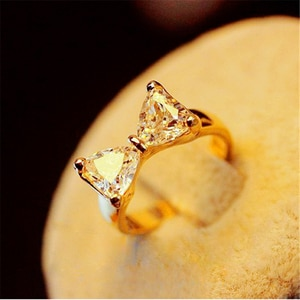 Women Zircon Ring Luxury Crystal Jewellery Accessories Gold Fashion Austrian Style Female Ring Engagement Ring Girlfriend Gift